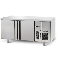 Морозильный стол для выпечки - 1,6 x 0,8м