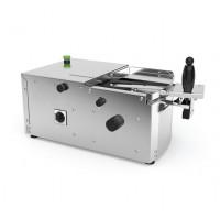 Пристрій для розрізання сандвічів і кренделів